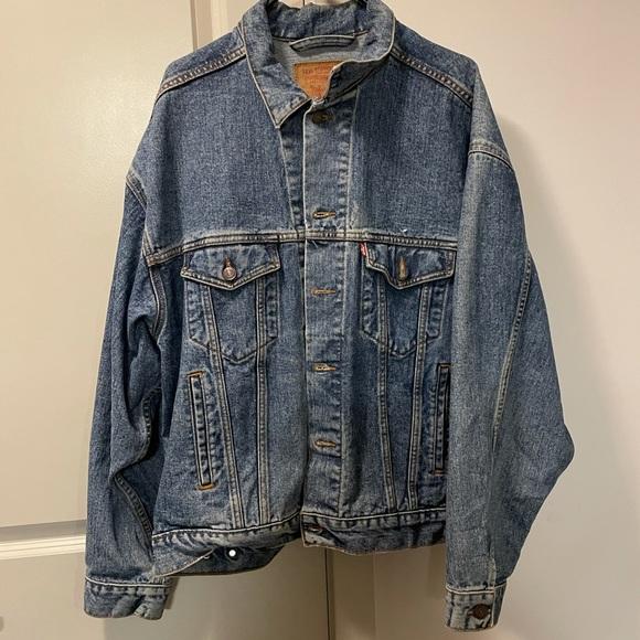Levi's men's jean jacket